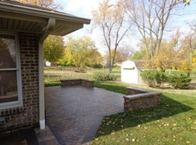 Brick Patio 2a o